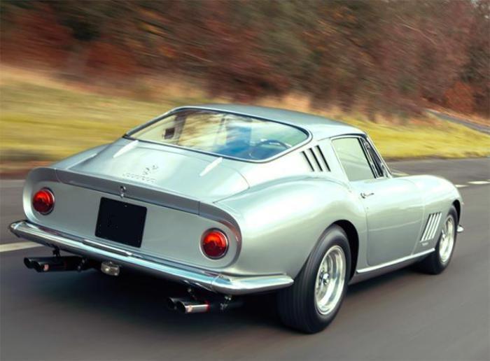 Ferrari 275 GTB regina prossima asta auto collezione Parigi