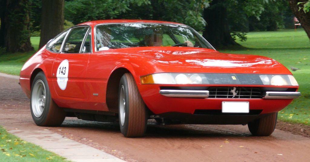 Ferrari_365_GTB-4_Daytona_red_vr